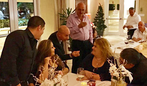 Bonita Springs Wedding Magician Close-up Magic for weddings