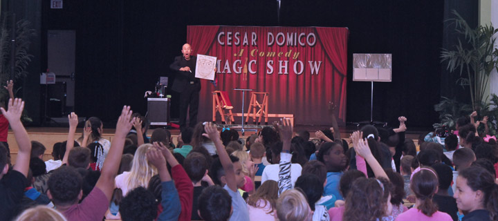 St. Petersburg Magicians & Entertainers for Kids birthday parties – children's party Magic show entertainment